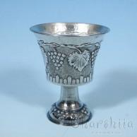 Посребрена чаша с орнаменти  3