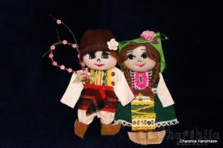 Traditional Bulgarian little doll couple - Survakari