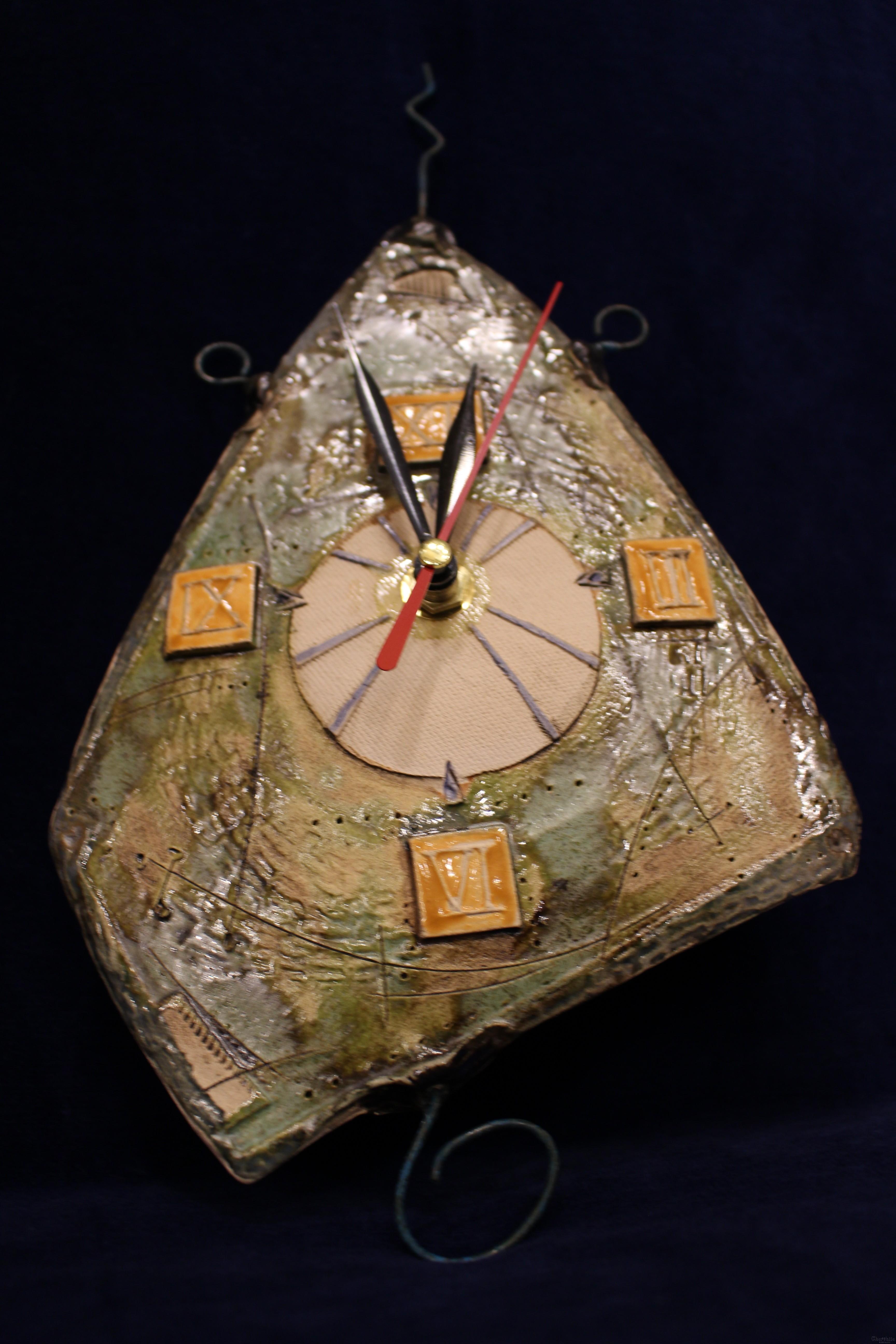 Керамичен часовник за стена