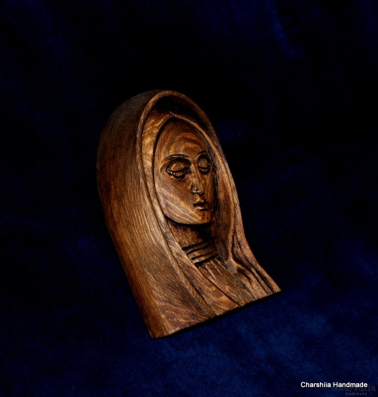 Дърворезба - Икона образ на Дева Мария