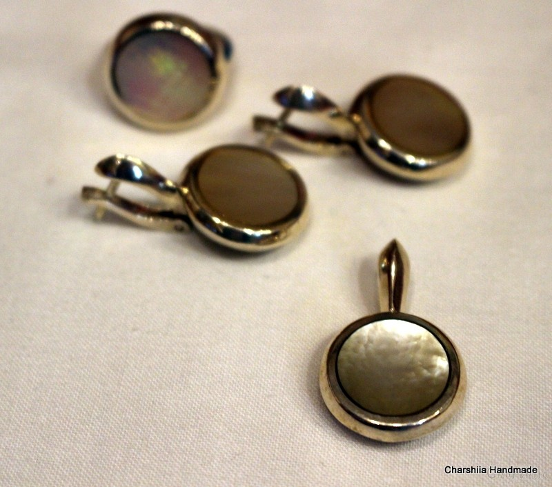 Сребърен комплект от три части със Седеф – майката на перлата