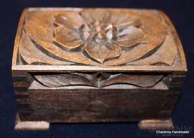 """Кутия за бижута, дърворезба """"Цвете"""""""