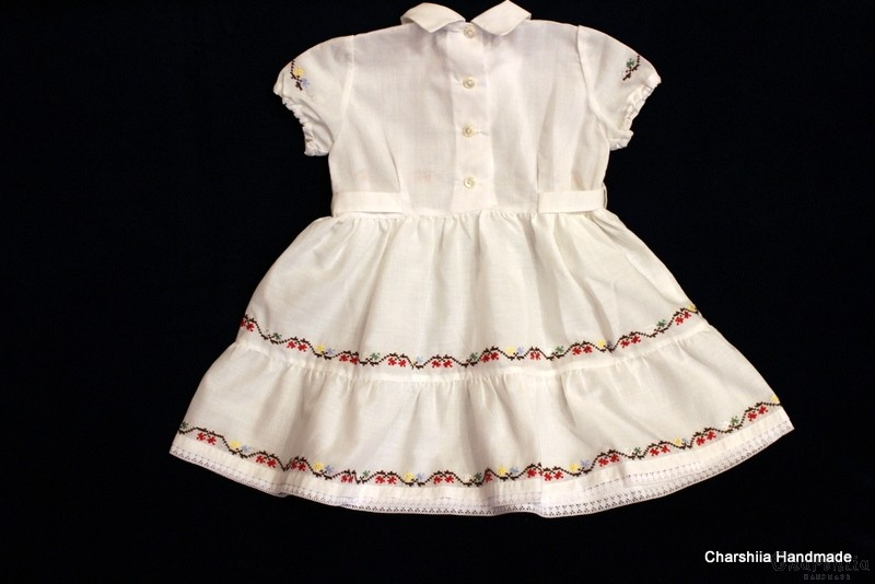 Детска ръчно избродирана рокля