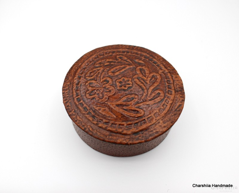 Кутия за бижута, ръчно изработена от естествена кожа