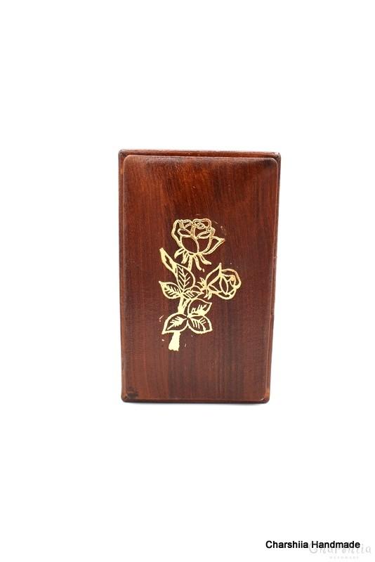 Кутия за пури, ръчно изработени от естествена кожа
