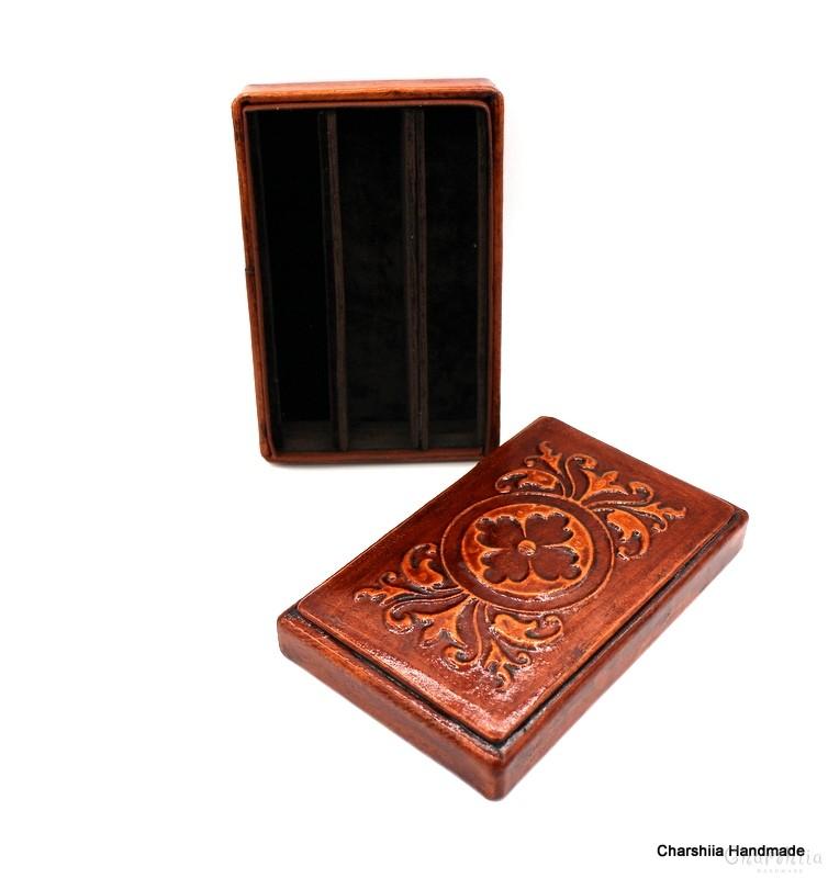 Кутия за пури изработена от естествена кожа