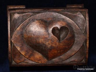 """Кутия за бижута, дърворезба """"Сърце"""""""