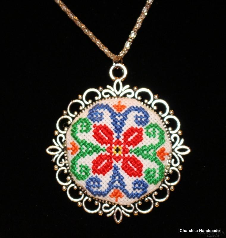 Медальон ''Цвете''
