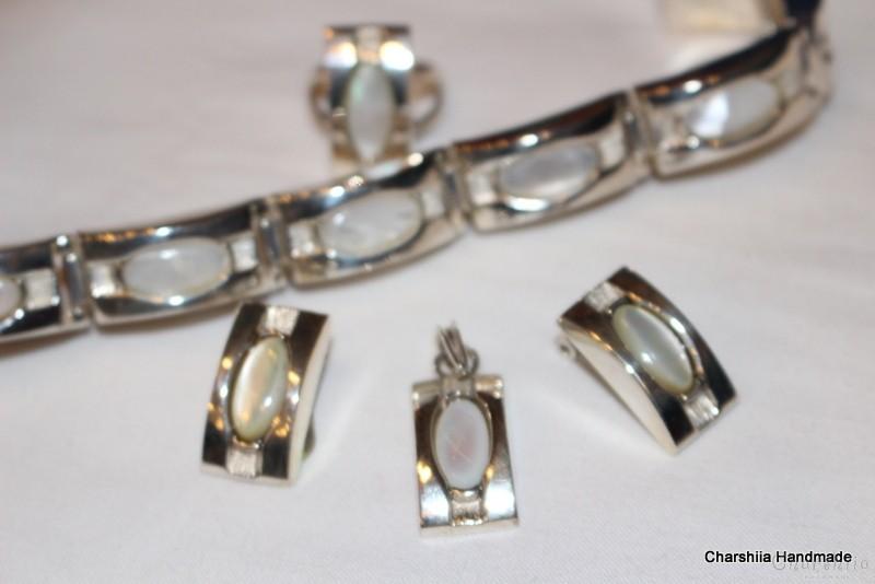 Сребърен комплект от четири части със Седеф – майката на перлата