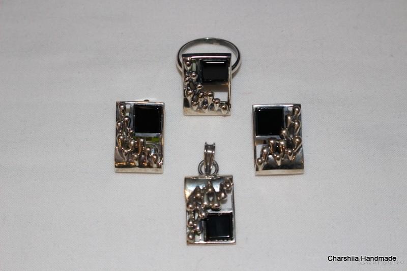 Сребърен комплект от три части с Оникс