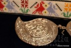 Дамски метални пафти (чапрази) за колан с ръчно бродиран колан