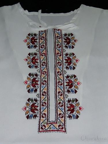 Ladies silk shirt with Bulgarian embroidery