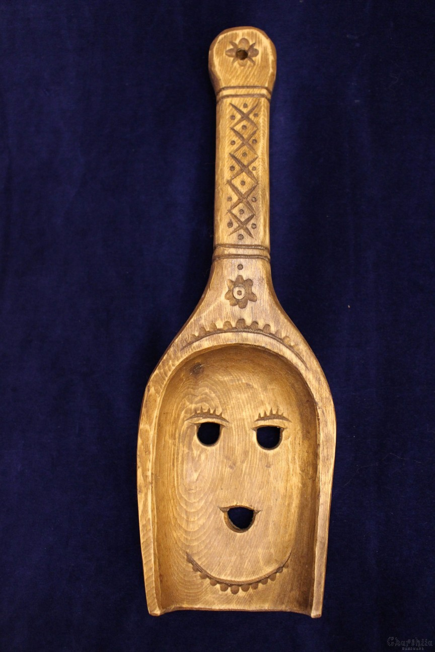 "Woodcarving ""Spoon girl"""