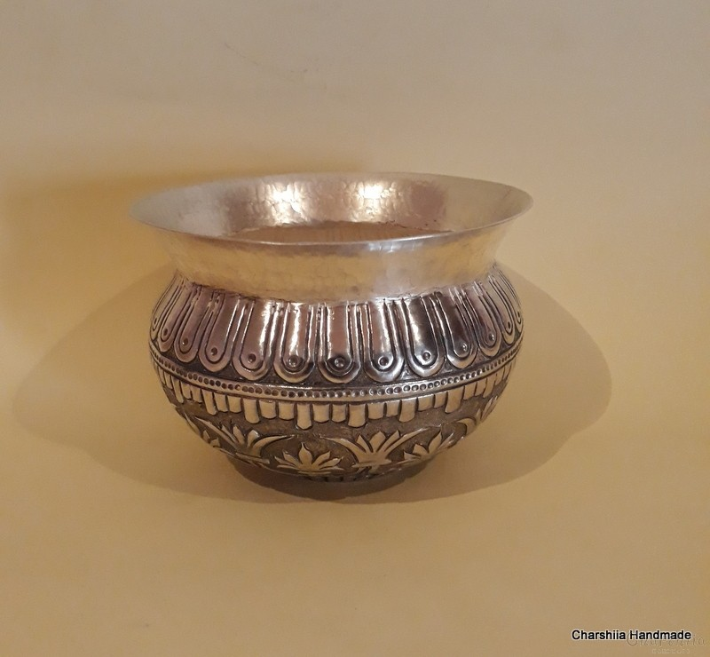 Phial, silver coated, replica of a phial of  the Rogozen treasure