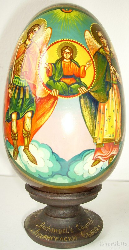Arkhangelsk fair - icons painted on wooden eggs