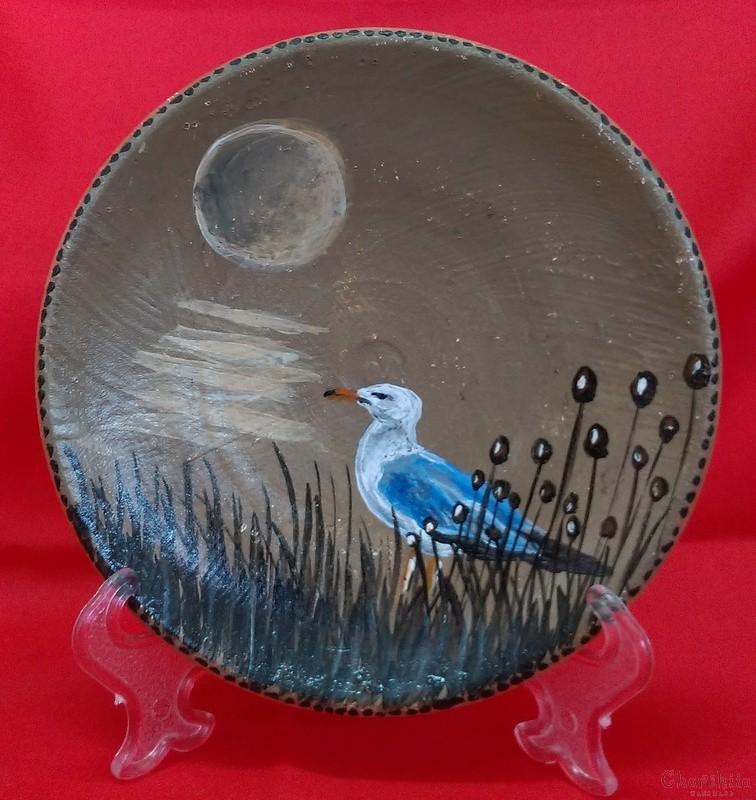 """Ръчно рисувана декоративна стенна чиния """"'Гларус"""""""