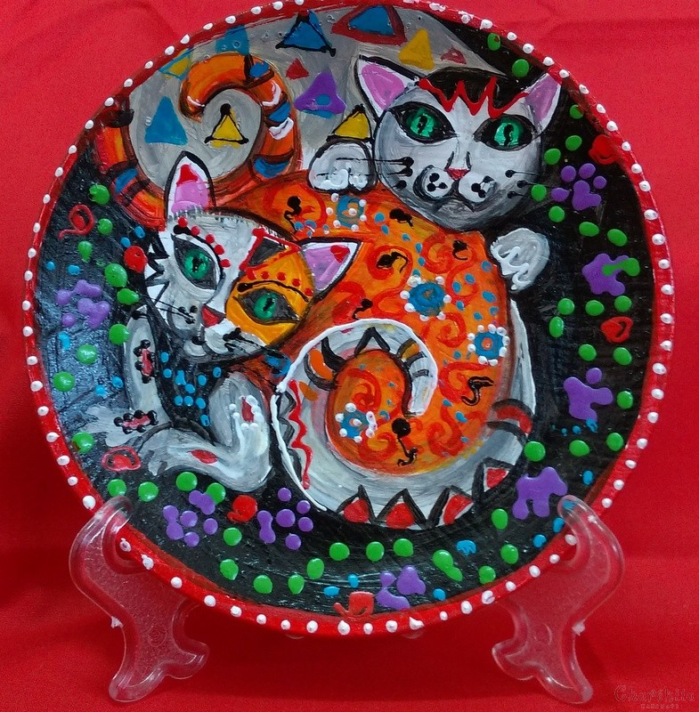 "Decorative wall painted plate ""Cats"""