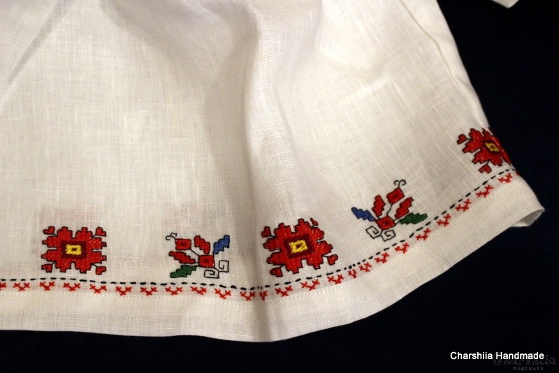 Child dress with Bulgarian embroidery