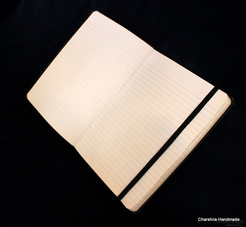 Notebook with sling, broad lines, without dates