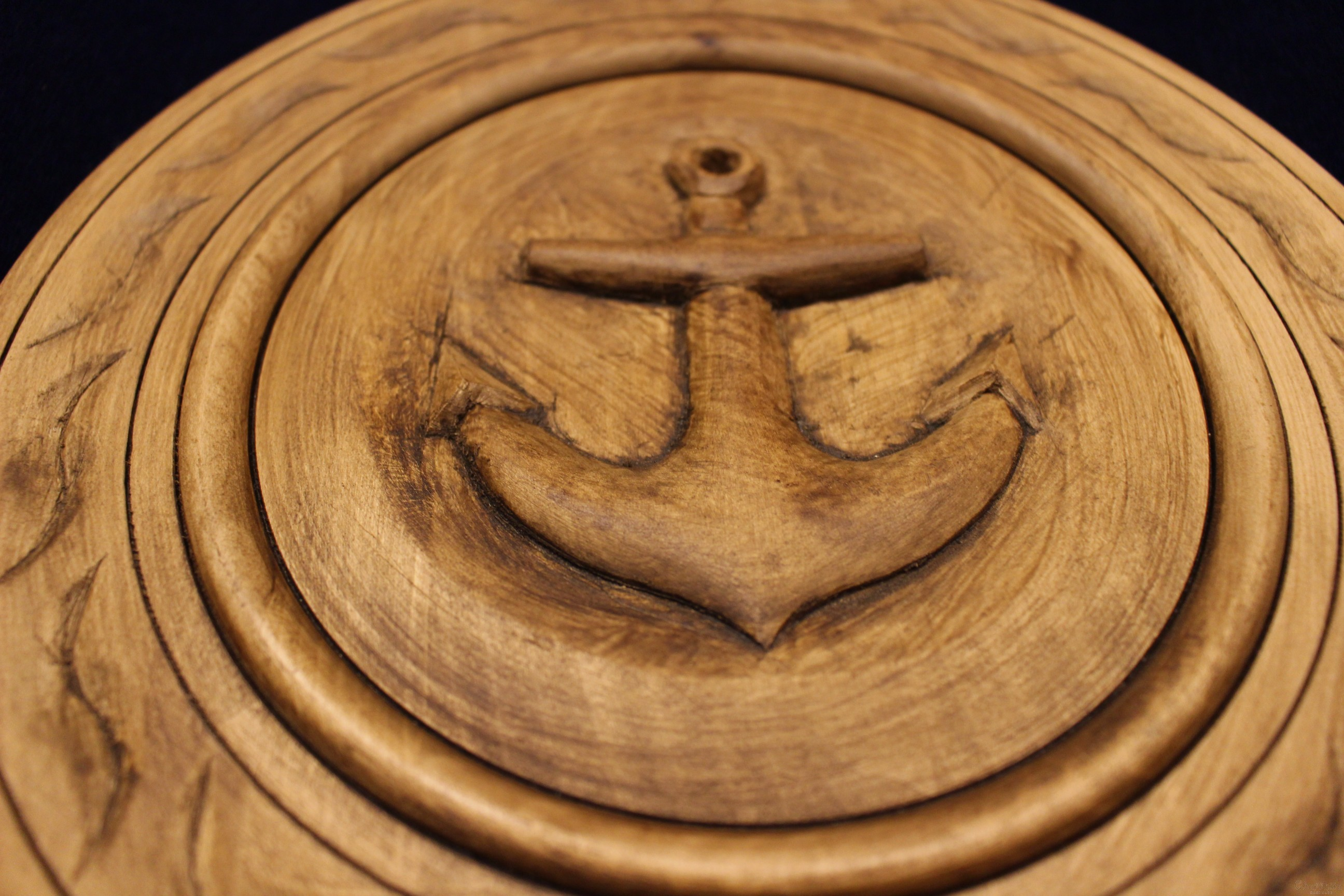 Plate of woodcarving ''Sea anchor''