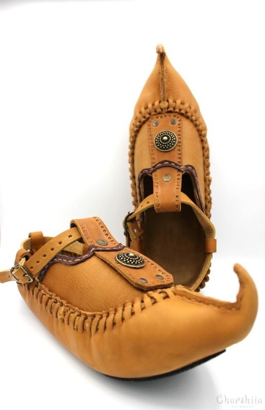 Footware of calfskin