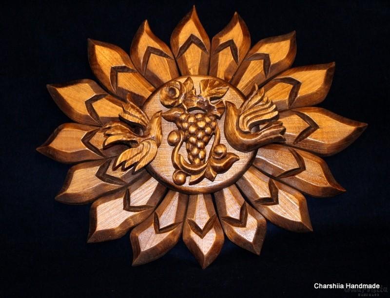 """Woodcarving """"Sun, birds, grapes"""""""