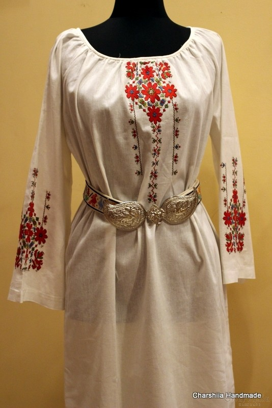 Ladies long shirt with Bulgarian embroidery