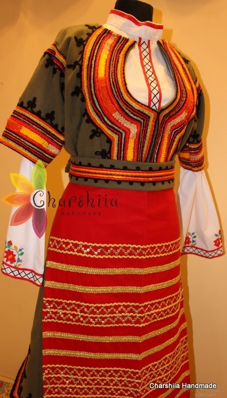 Bulgarian folk costume - Kiustendil women's folk costume