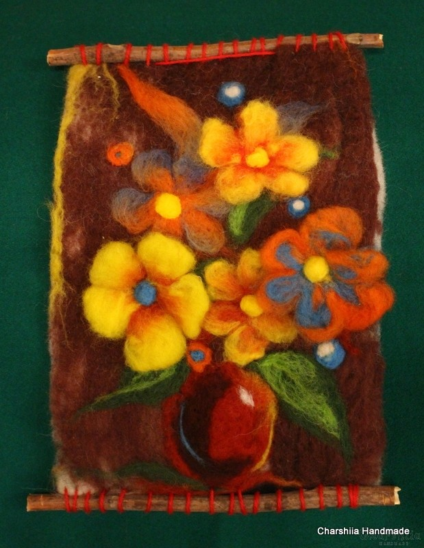 "Felt wall painting ""Home flowers"""