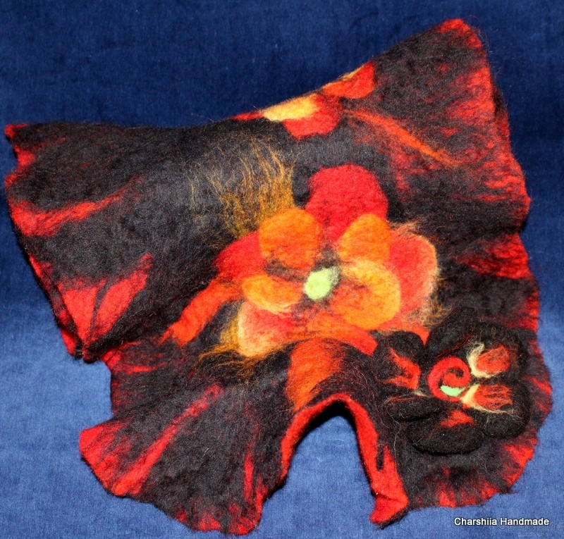 """Felted scarf ''Red flower"""""""