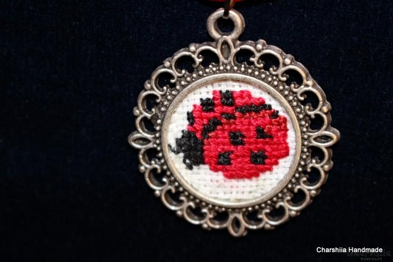 """Pendant ''Ladybug"""""""
