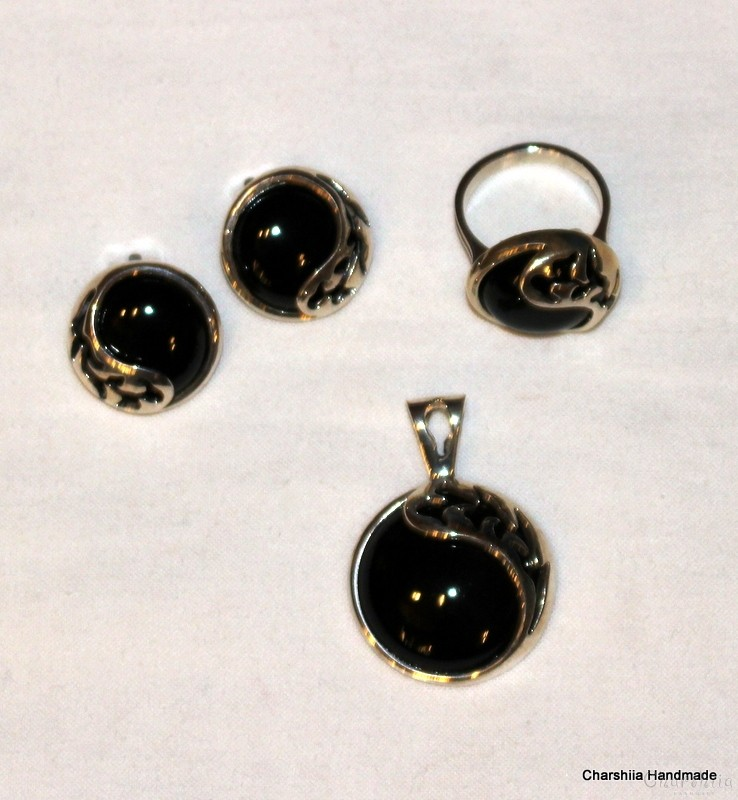 Silver set of three parts with Onyx