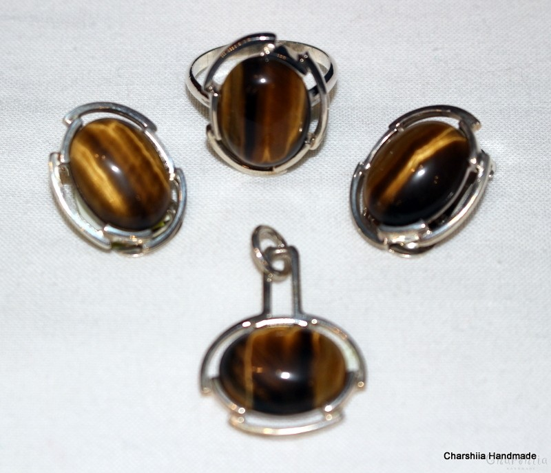 Silver set of three parts with Tiger Eye