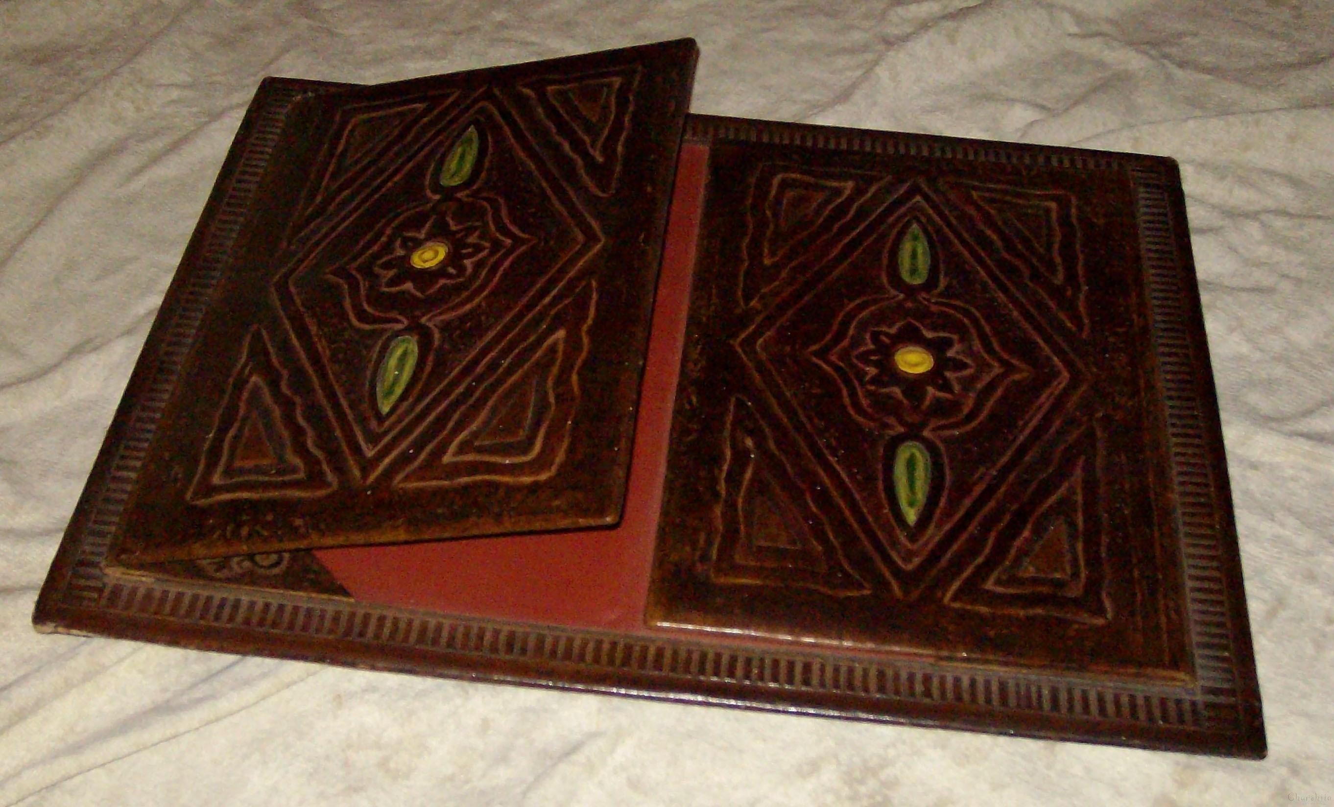 Писалищна папка, ръчно изработена от естествена кожа